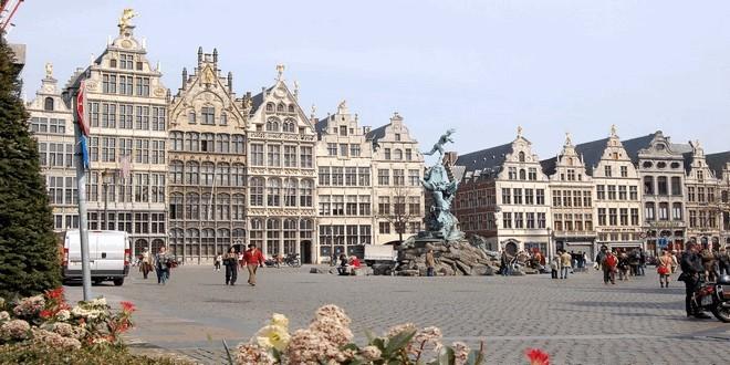 Антверпен — город во Фламандском регионе Бельгии