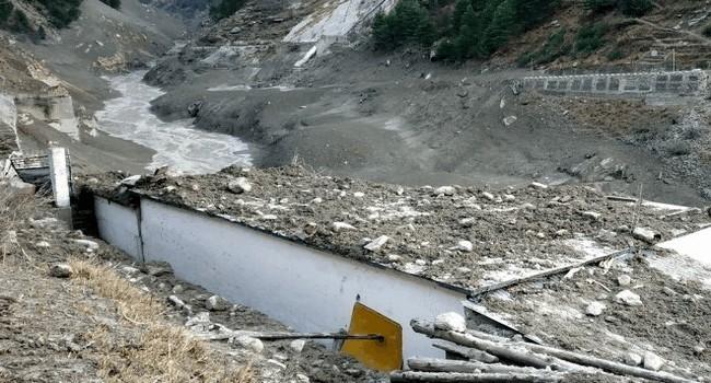 9 погибших, 140 пропавших без вести после прорыва ледника на севере Индии