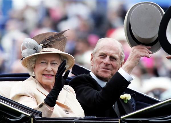Королевская семья обнародовала список гостей на похороны принца Филиппа