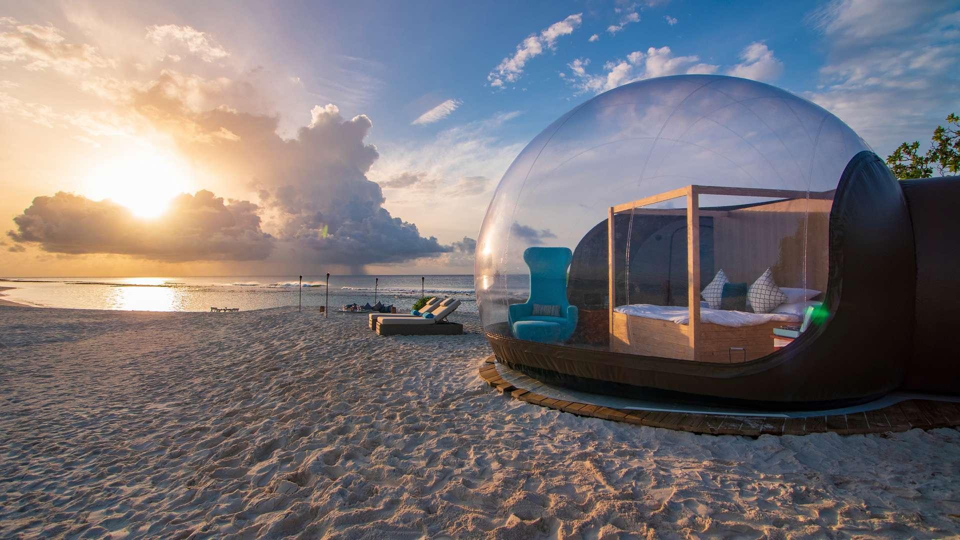 Благодаря чему Мальдивы называют самыми красивыми островами